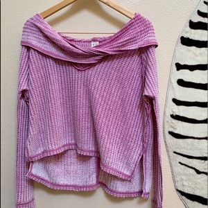 FREE PEOPLE Long Sleeve High Low XS Top in Pink